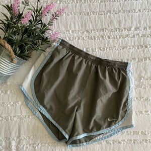 Nike Fit Dry Running Shorts Size Small